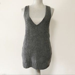 Aritzia TNA sweater vest wool blend textured